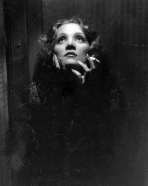 480px-Marlene_Dietrich_in_Shanghai_Express_(1932)_by_Don_English