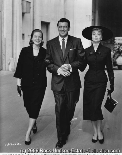Rock-Hudson-and-Lauren-Bacall-13