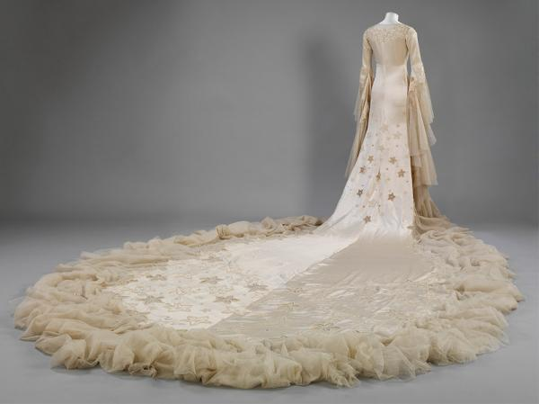 4 Silk satin wedding dress designed by Norman hartnell in 1933 BACK - Victoria and Albert Museum London - Vintage By Lopez-Linares recommendation