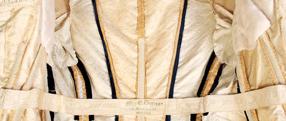 secreos-de-la-ropa-interiro-vintage-by-lopez-linares